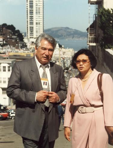 Чингиз Айтматов и Роза Отунбаева