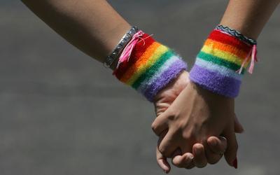 lgbt-gay-hands