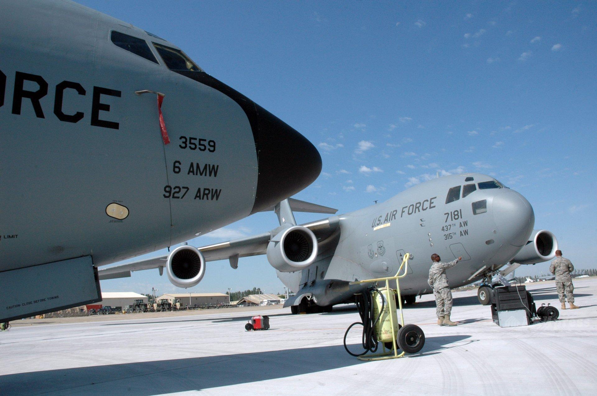 Американская авиабаза Манас в Кыргызстане