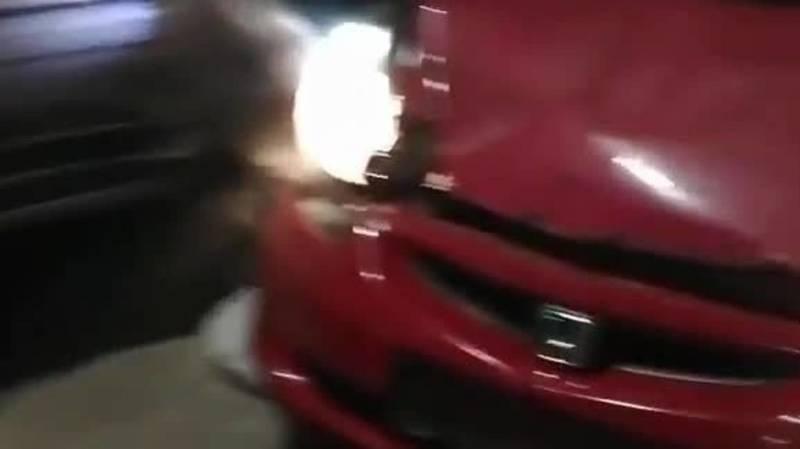 «Хонда» с российскими номерами устроила массовое ДТП. Видео с места аварии