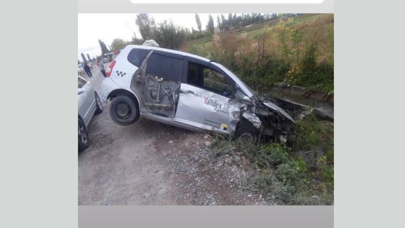 В Гавриловке в результате ДТП машина вылетела с трассы