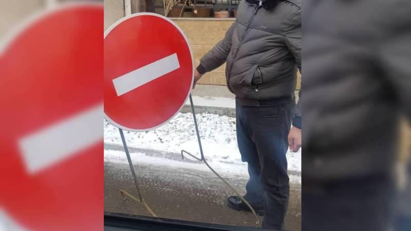 Из-за строительства многоэтажки перекрывают дорогу на ул.Коенкозова, - жители (видео)
