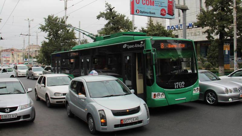 Мэрия Бишкека возобновила рейды по выявлению лиц без масок в общественном транспорте