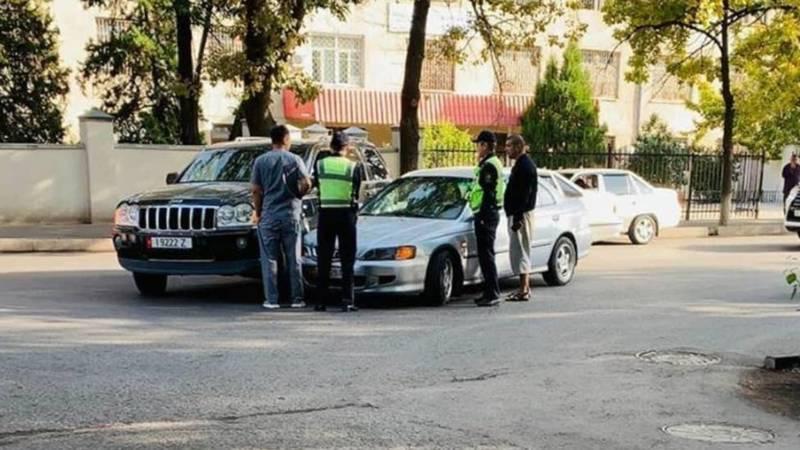 На ул.Суеркулова столкнулись «Джип Гранд Чероки» и БМВ