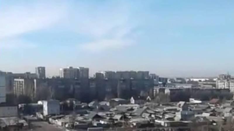 Видео — Как сегодня выглядит небо над Бишкеком