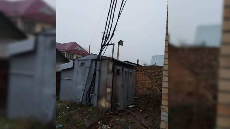 Бишкекчанка: На каком основании новый многоэтажный дом на ул.Айни подключили к старому трансформатору?