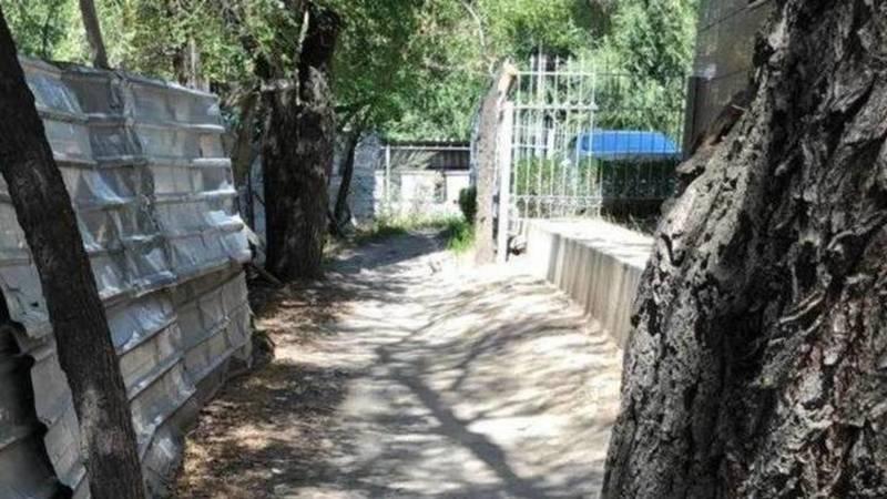 Дорога в 8 мкр будет включена в титульный список «Бишкекасфальтсервиса» на 2021 год