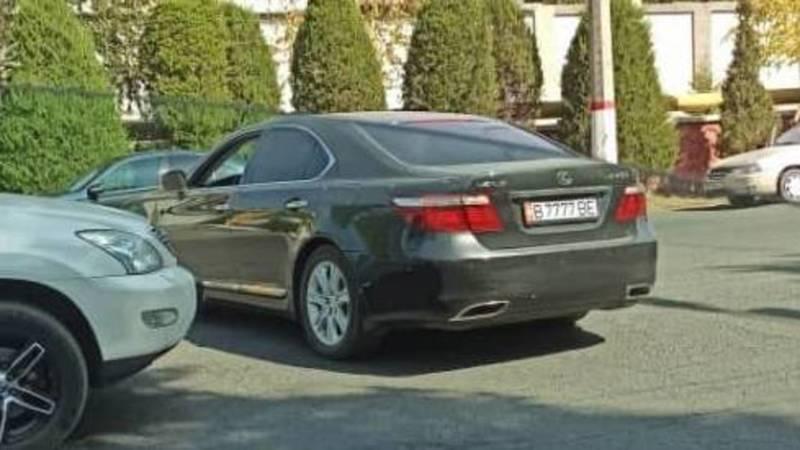 В Оше замечен Lexus с подложными номерами