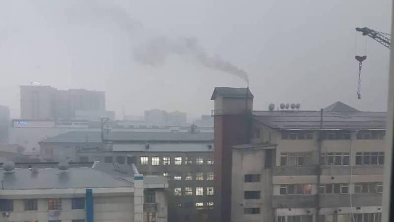 Баня на Ибраимова-Огонбаева все так же продолжает загрязнять воздух, - бишкекчанка