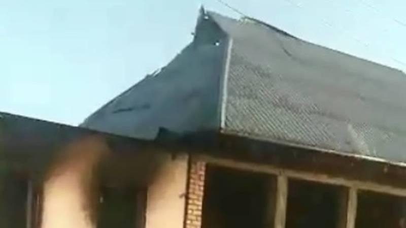 Состояние домов в селе Максат Лейлекского района. Видео