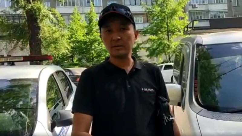 Водитель благодарит патрульных, которые за полчаса нашли угнанный автомобиль. Видео