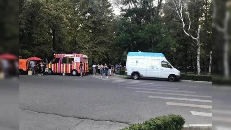 В отношении продавцов мороженного на бульваре Эркиндик составлен протокол, - УПСМ