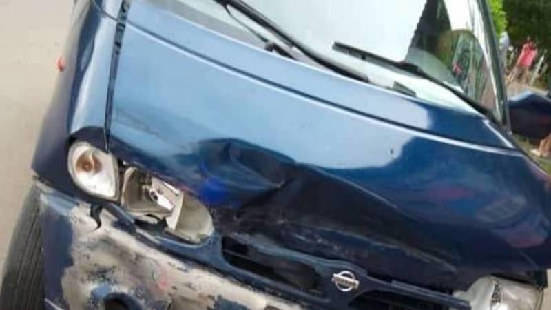 В Токмоке машина с волонтерами попала в ДТП. Видео
