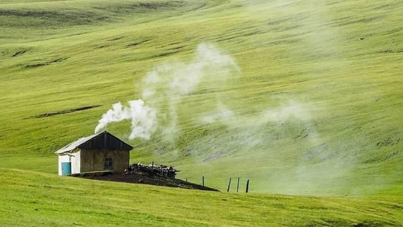 Невероятная красота долины Ак-Сай на высоте 3500 метров над уровнем моря. Фото Нурсултана