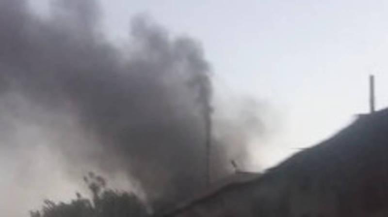 В Оше одно из предприятий загрязняет воздух. Видео