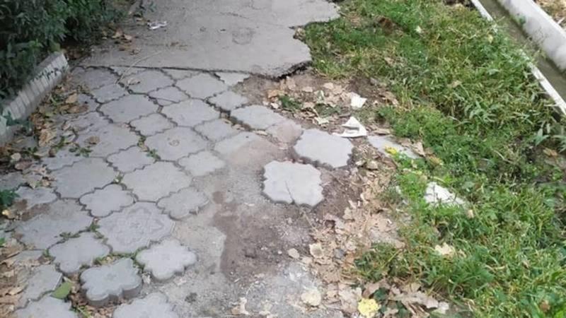 На ремонт тротуаров на ул.Боконбаева, Логвиненко и Панфилова финансирование не выделено, - мэрия
