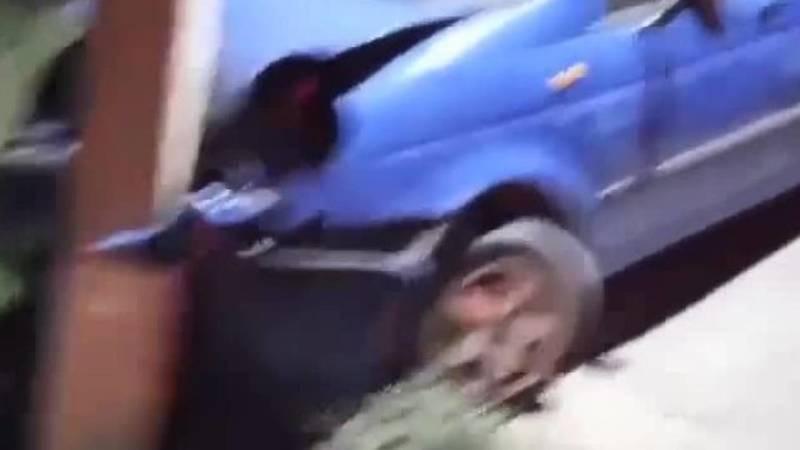В Оше «Матиз» врезался в столб. Видео