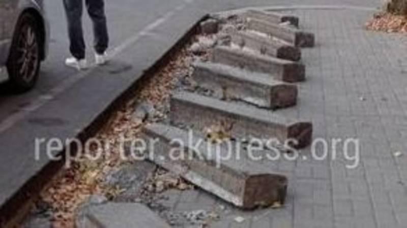 На ул.Токтоналиева проводится устранения дефектов по замене бордюр, - мэрия