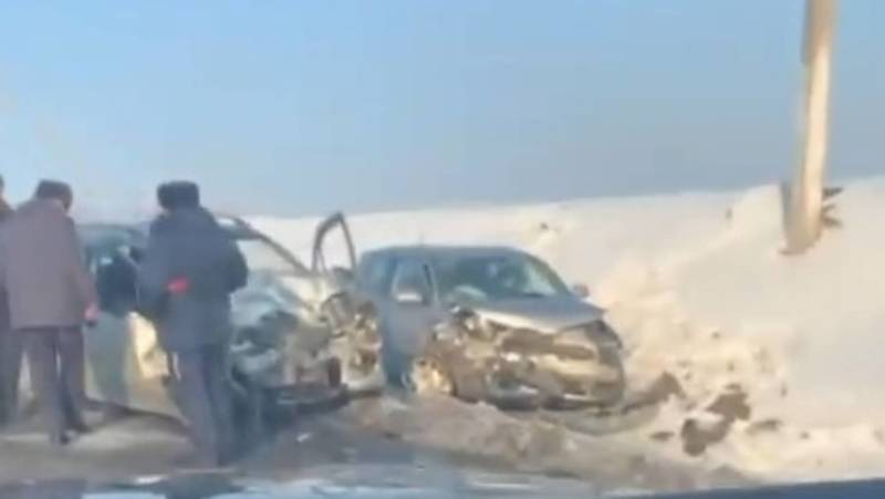 Лобовое столкновение на трассе Ош—Жалал-Абад. Видео и фото