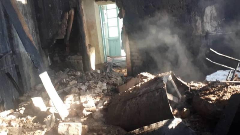 В Кара-Бууринском районе сгорела школа, школьники не пострадали. Видео и фото