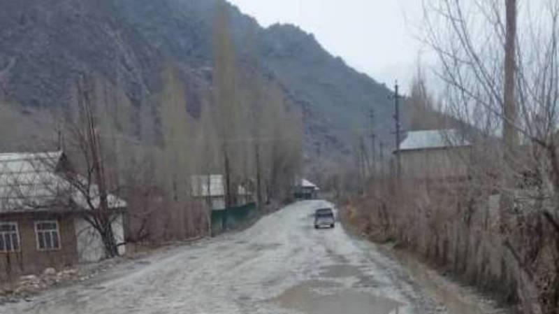 Водитель жалуется на состояние автодороги Уч-Коргон—Тенизбай. Фото
