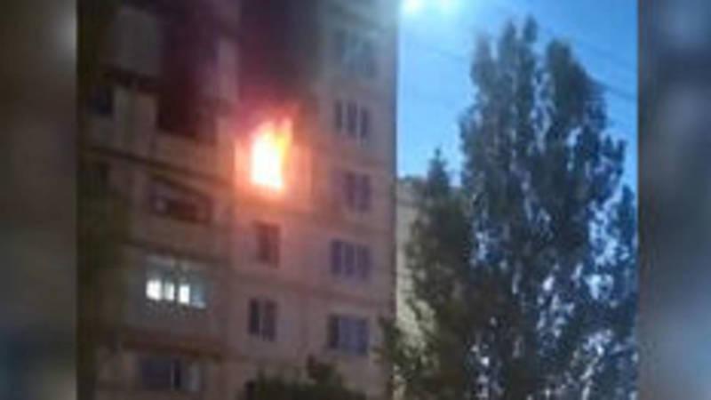 В мкр Джал в квартире сгорела бытовая техника