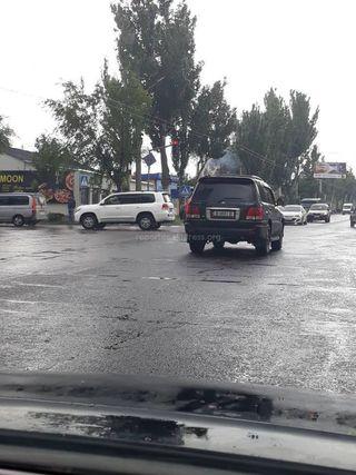 Проезд перекрестка на красный сигнал светофора на Юнусалиев-Медерова