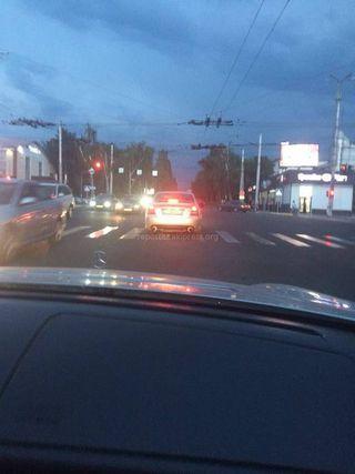 Выезд за стоп-линию на ул.Ахунбаева
