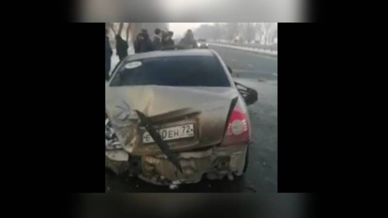 По дороге в аэропорт произошло ДТП, есть погибший (осторожно, видео)