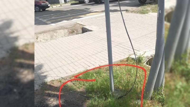 На Токтогула-Логвиненко лежит оторванный кабель