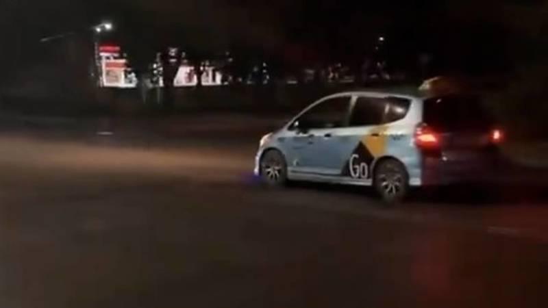 Машины с грохотом наезжают на лежачий полицейский, - горожанин (видео)