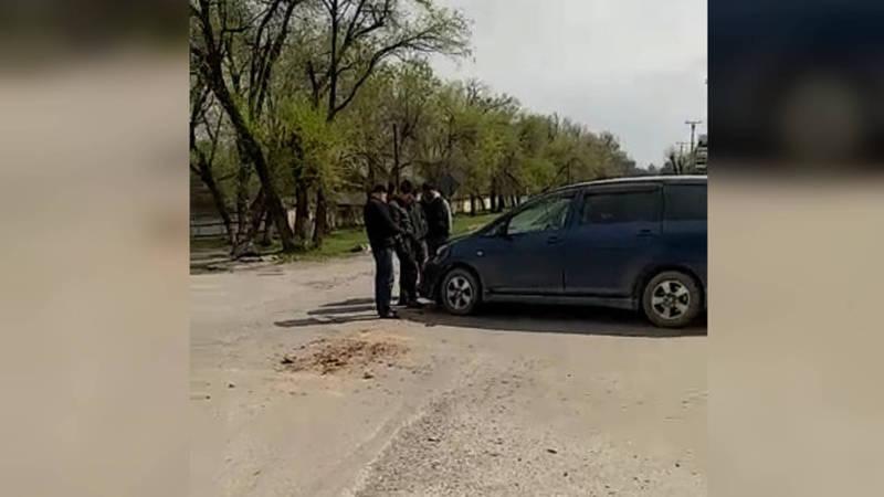 Видео — Очередное ДТП в селе Беловодском. Жители просят установить светофор на перекрестке
