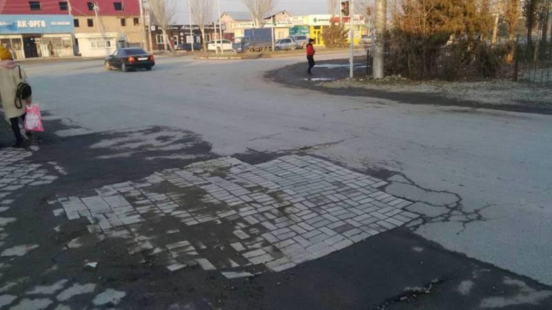 Асфальт на ул.Ашар в Ак-Орго будет повторно восстановлен, - мэрия