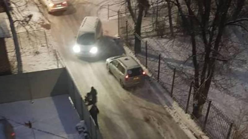 Бишкекчанин просит обратить внимание на улицу Усенбаева
