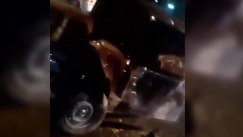 Машина всмятку. Видео с места ДТП в Оше
