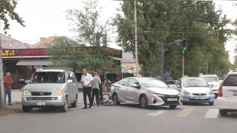 На Гагарина-Бакаева сбили велосипедиста