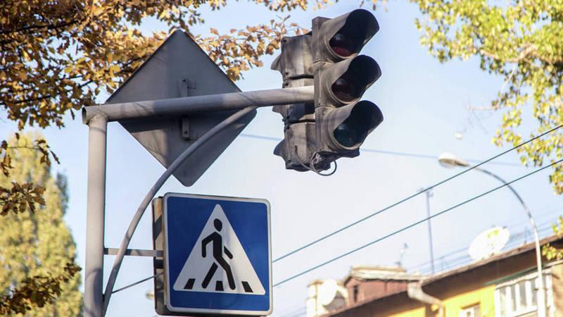 Горожане просят установить светофор на перекрестке Тыныстанова-Жумабека