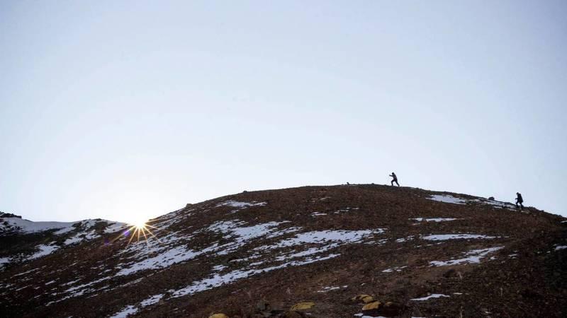 Красота гор на пике Бешалчалуташ и пике Зеленковой. Фото