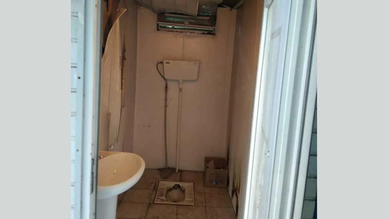 Полная антисанитария в туалете в Карагачевой роще