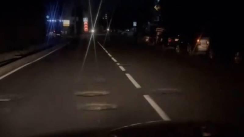 «Тебя не узнать!» Водитель радуется ремонту дороги на Жукеева-Пудовкина. Видео