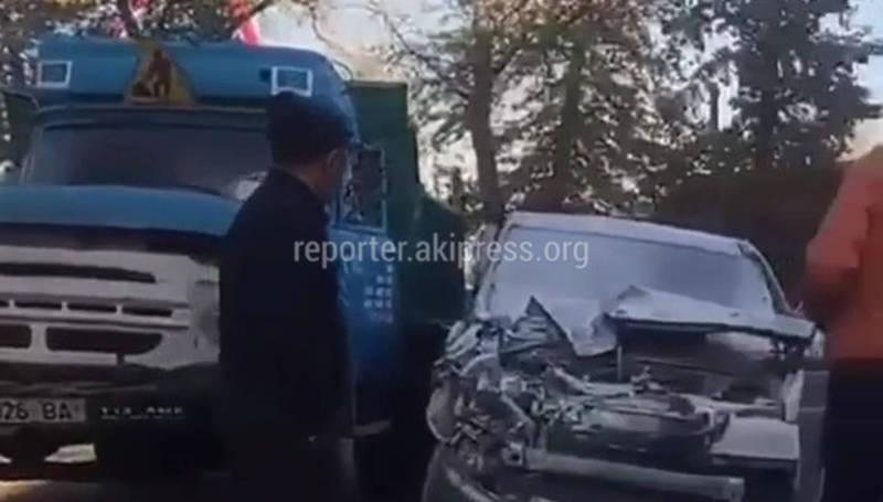 ДТП с участием «Хонды» и грузовика. Новое видео с места происшествия