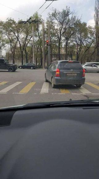 Выезд за стоп-линию на ул.Горького