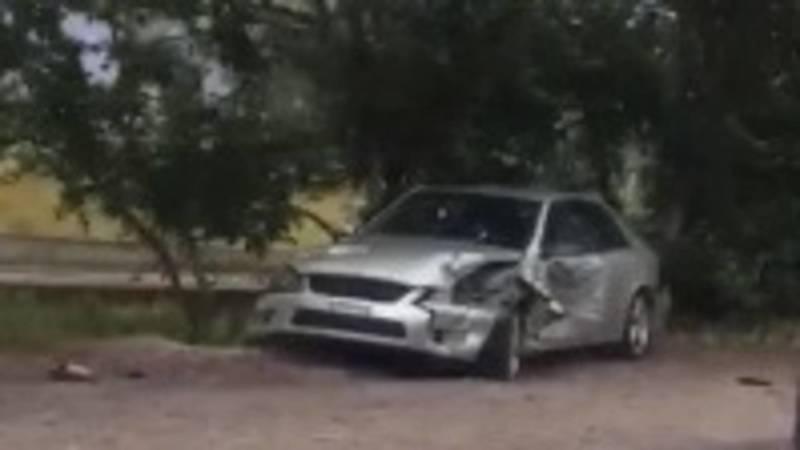 В селе Кашка-Суу произошло ДТП с участием двух авто. Видео с места аварии