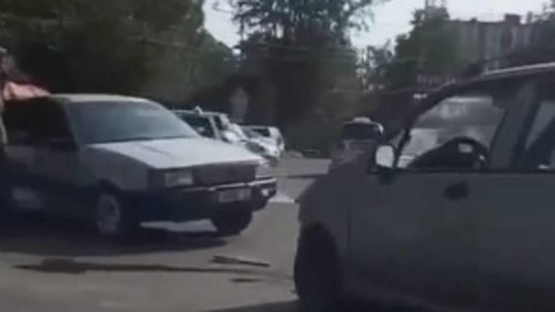 В Оше произошло ДТП с участием двух легковых машин