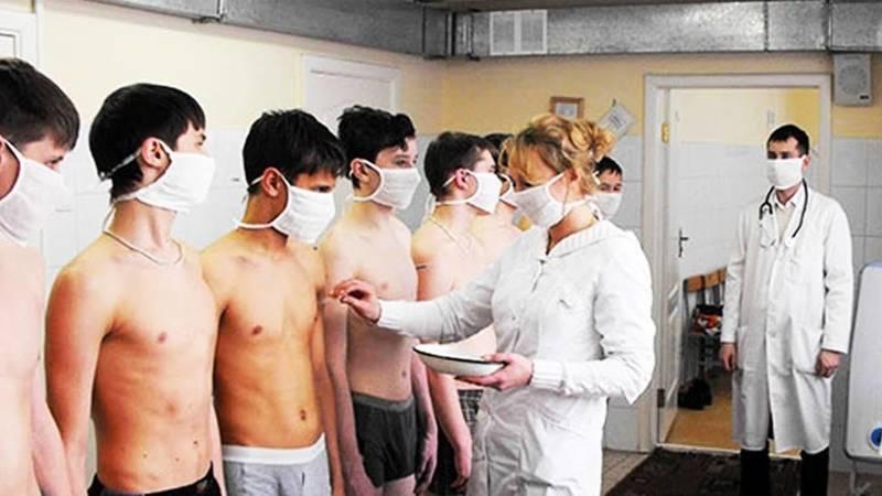 Почему во время карантина учеников 9 классов вызывают в военкомат? - бишкекчанин Эмир