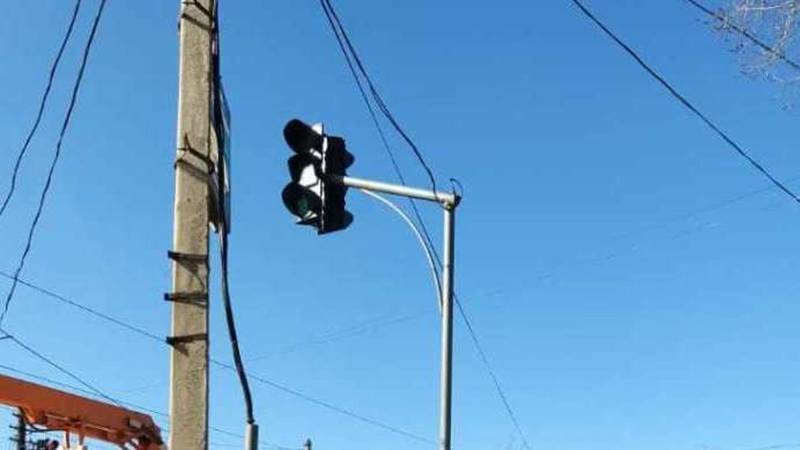 Светофор на Орозбекова отремонтирован и работает