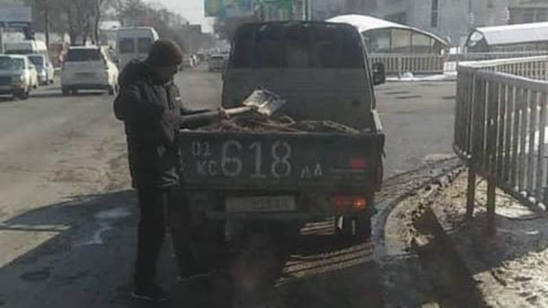 Ямы на проспекте Чуй временно закрыли вторичкой. Фото мэрии