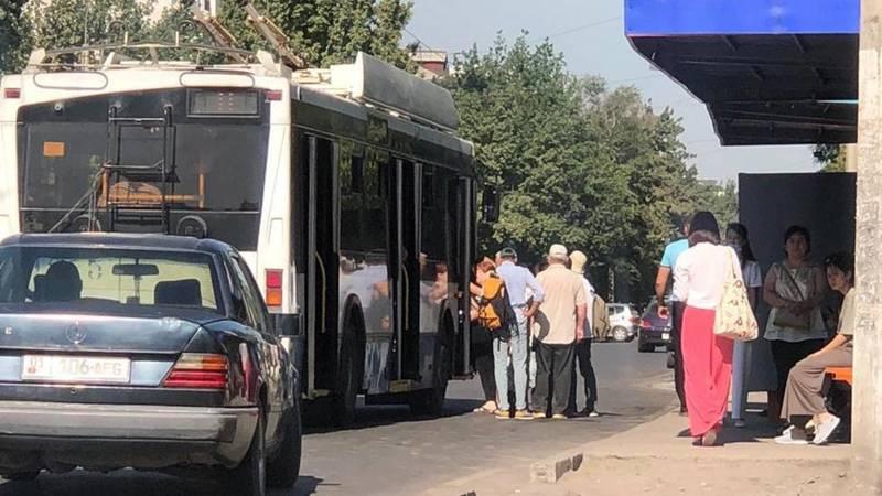 Часть маршруток в Бишкеке не вышла на линии