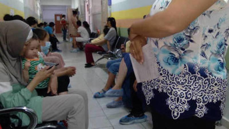 Ежедневно в травматологический пункт 3-й детской больницы обращаются более 300 человек, - мэрия