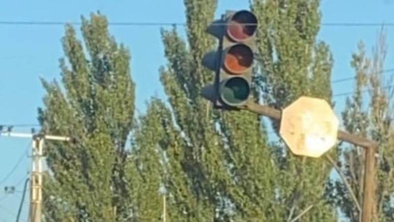 На Алма-Атинской – Объездной не работает светофор. Фото